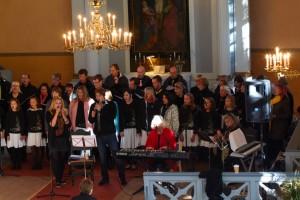 Klaveril saadab Piret Rips, viiulil Eva Punder